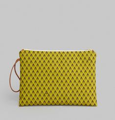 Graphic Maxi Clutch