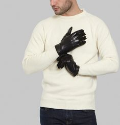 H 17 C Gloves