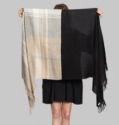 Arequipa Large Scarf