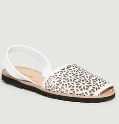 Avarca Moucharabieh Blanco Sandals