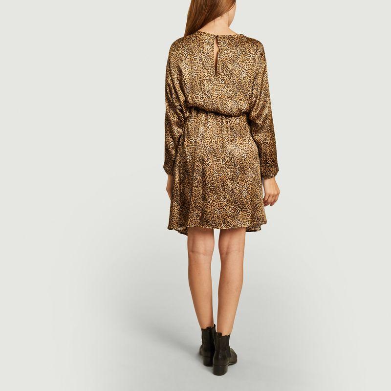 Robe en soie imprimé léopard Benu - Momoni