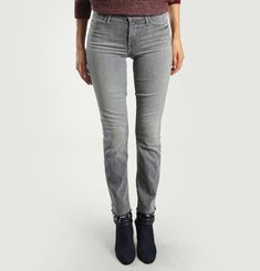 The Rascal Ankle Snippet Jeans