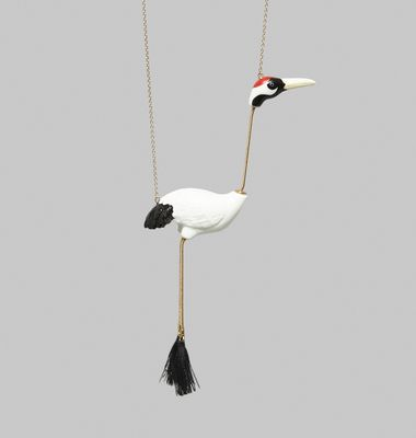 Collier Red Crowned Crane Bird