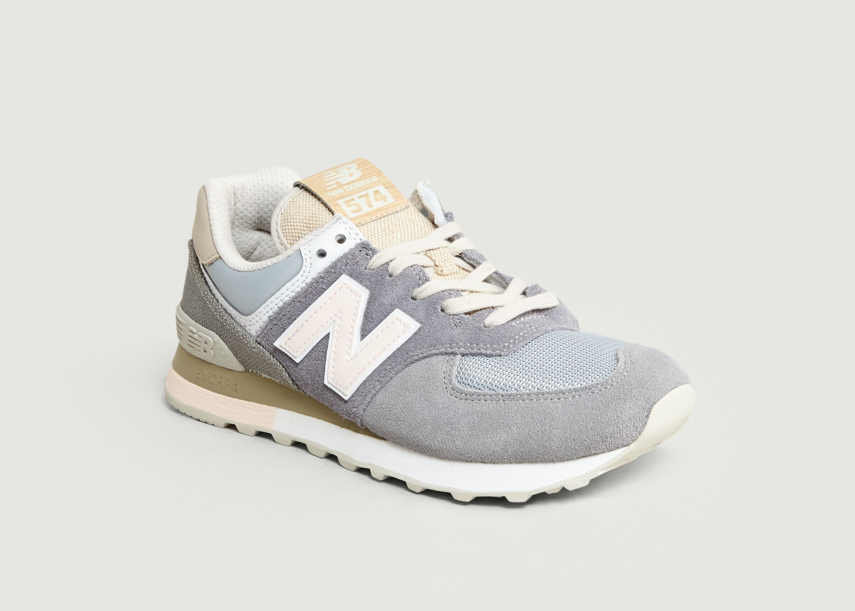 new balance femme 574 noir movies 1940s and 1950s fashion