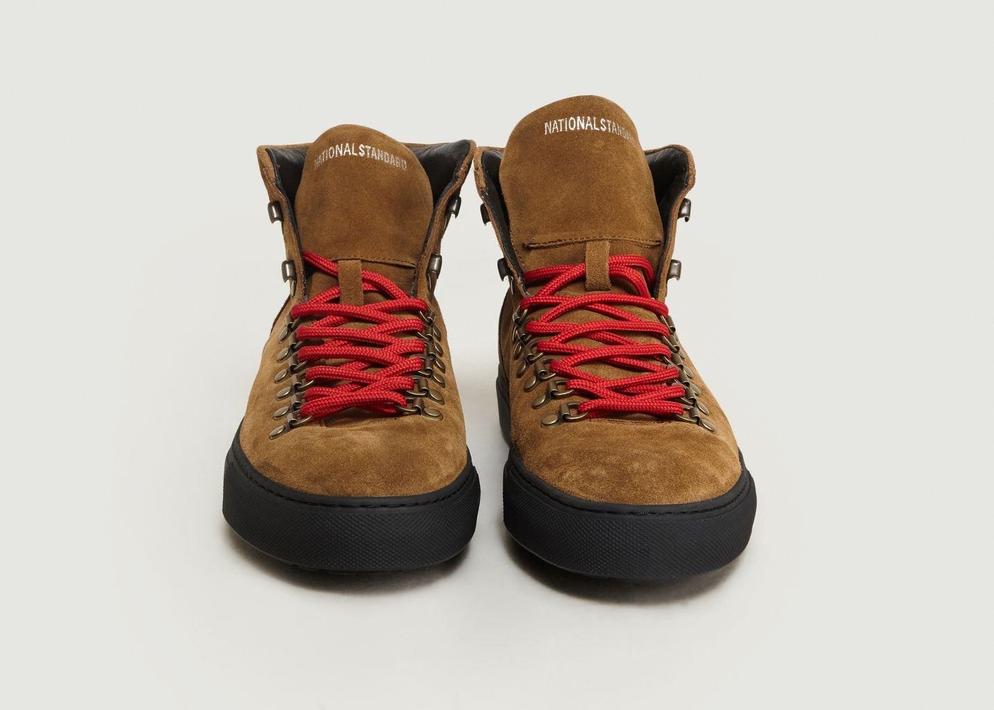 Boots Edition 9 Mountain - National Standard
