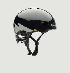 Helmet Street Nutcase