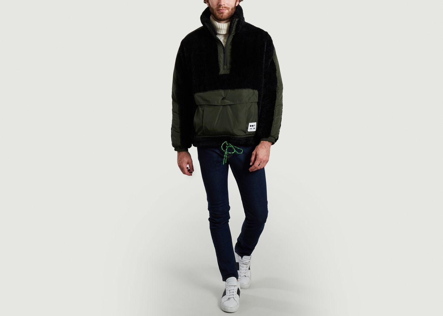 Sweatshirt 5018 oversize en fausse fourrure noir - OOF WEAR