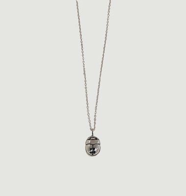 Collier en argent mini scarabée