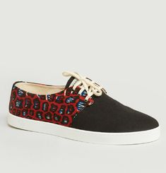 Douala Low Top Trainers