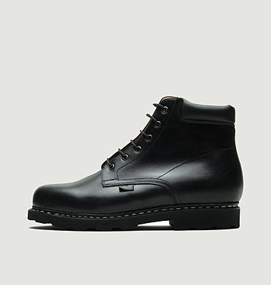 Boots Bergerac