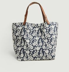 Clea Matheo Tote Bag