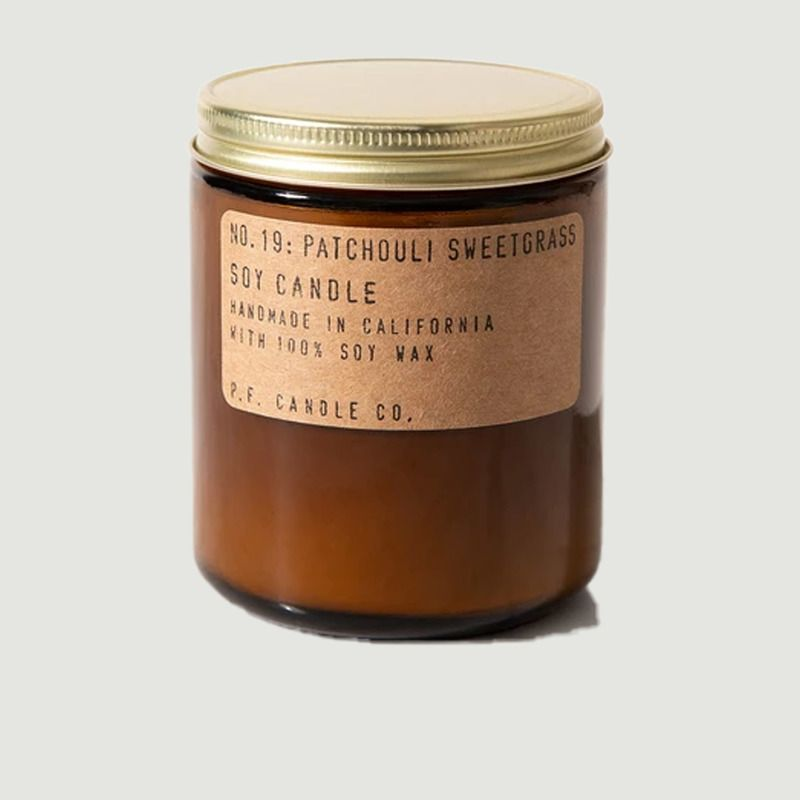 Bougie n°19 Patchouli Sweetgrass standard - P.F. Candle CO.