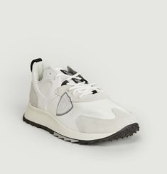 Royale running sneakers