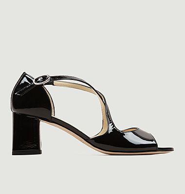 Sandales en cuir verni Nada