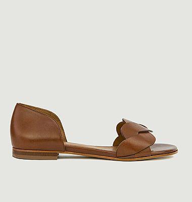 N°36 leather flat sandals