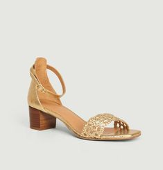 N°890 cracked leather sandals