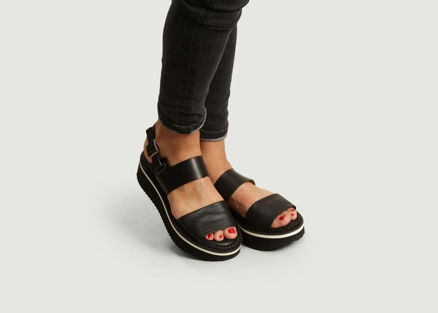 Fleur Platform Wedge Sandals Black