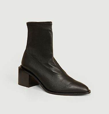 Xia4 leather ankle boots