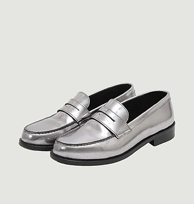 Leather loafers with tab