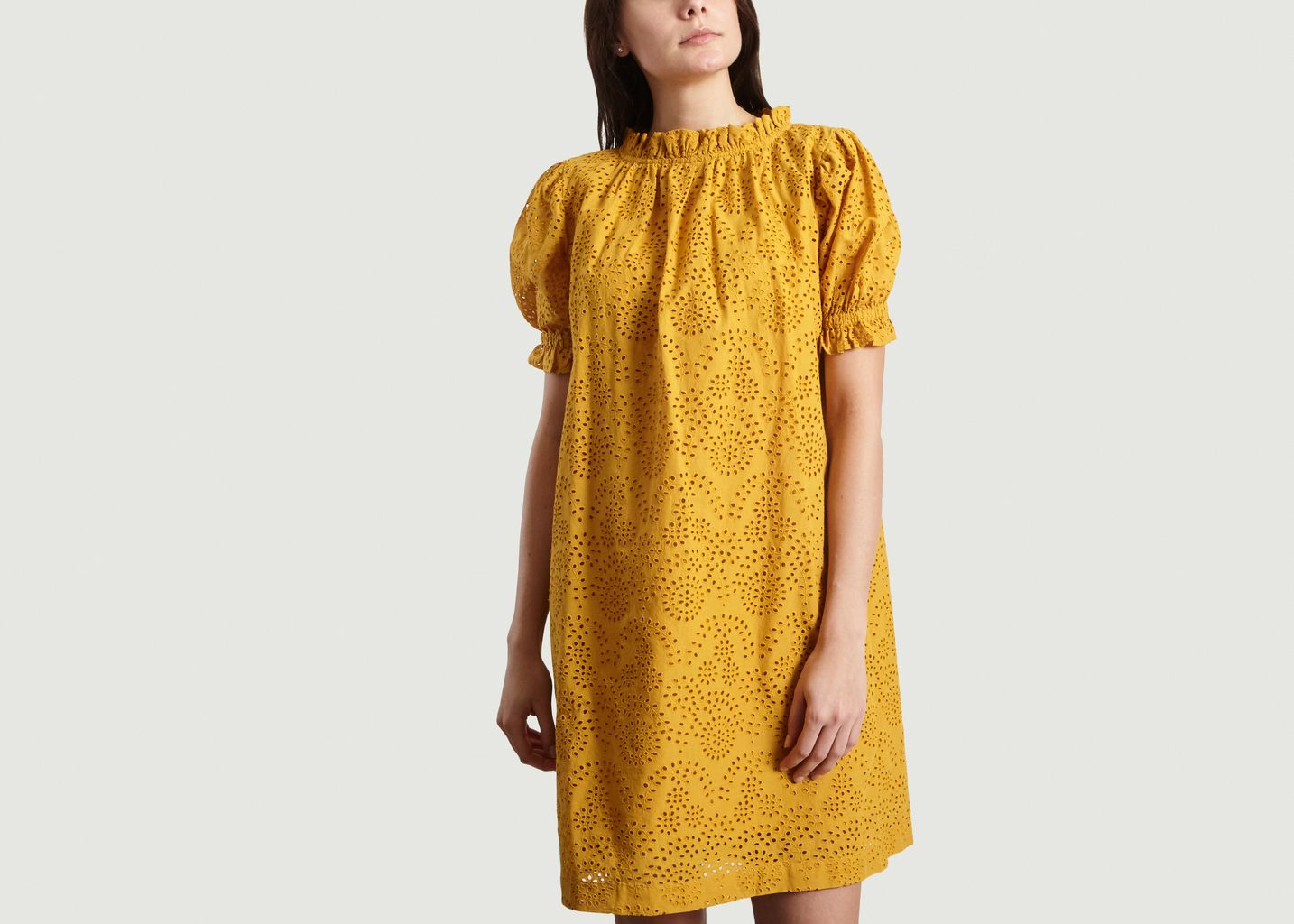 Robe En Broderie Anglaise Framboise Ocre Soeur L Exception