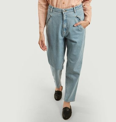 Jean Irving Mom Fit Bleached
