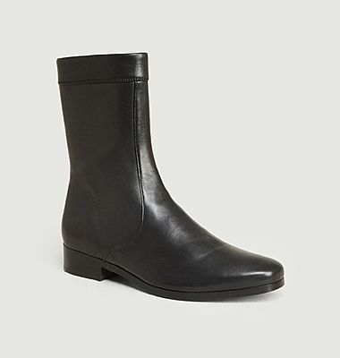 Ecaille leather boots
