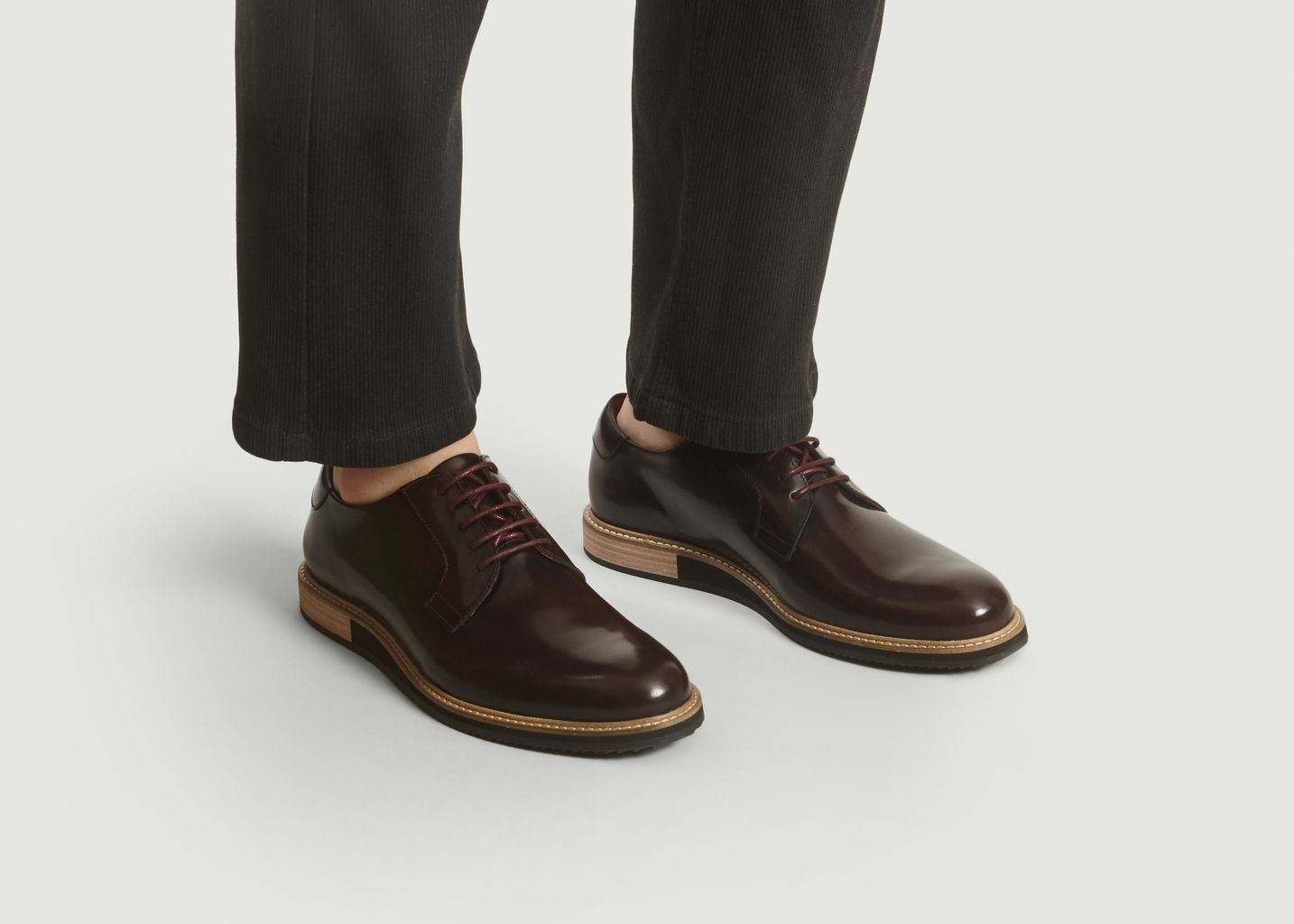 Derbies Alpha Low  - Subtle