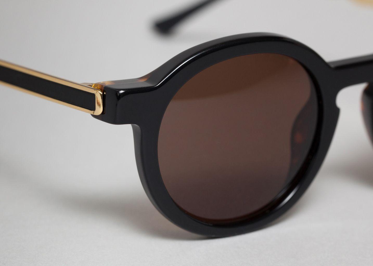 lunettes sobriety thierry lasry noir l 39 exception. Black Bedroom Furniture Sets. Home Design Ideas