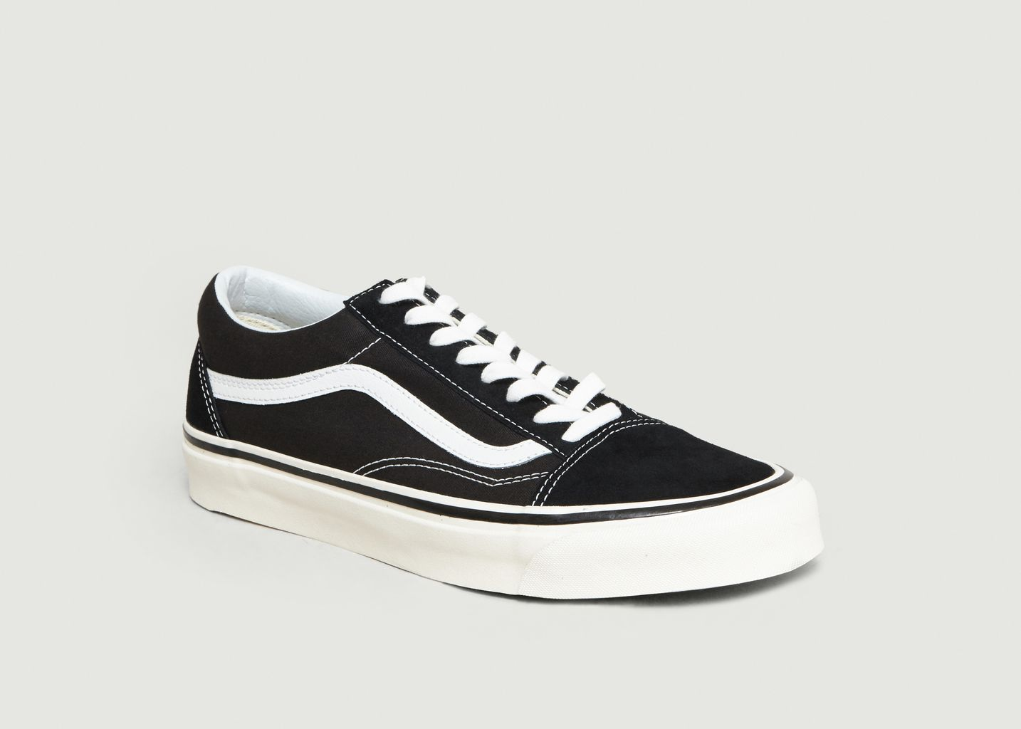 Vans OLD SKOOL | Vans old skool, Vans old skool noir et