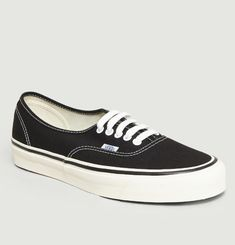 Authentic 44 Anaheim Skate Shoes